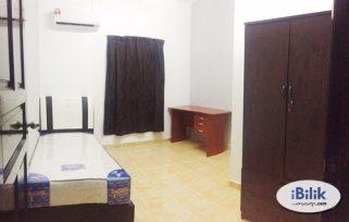 room for rent, landed house, bandar sunway, Pjs9/PJs7/sunway/Taylor/Monash/pinnacle/pyramid/the one/menara sunway room for rent
