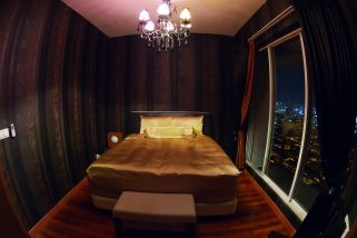 room for rent, medium room, bandar utama, Luxurious Private Penthouse room with Gorgeous Views!