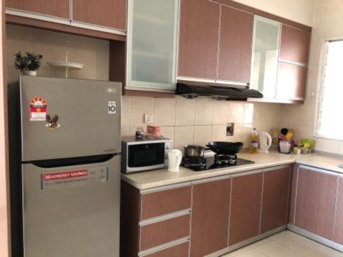 room for rent, master room, jalan cemur, Aru