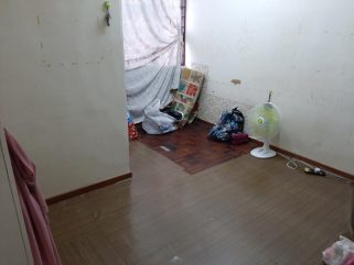 room for rent, medium room, pusat bandar putra permai, MEDIUM ROOM AT RUMAH TERES JALAN PUTRA PERMAI