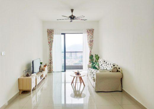 room for rent, medium room, taman sri rampai, Full furnished Medium Room with Air-con, 10 mins walk to LRT station (all-girl unit)