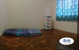 room for rent, medium room, jalan ss 21/39, Available Room with Aircon Damansara Utama SS21, UPTOWN & Wi-Fi