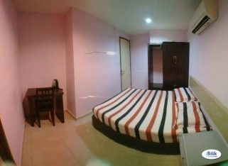 room for rent, medium room, kota damansara, Full Furnish At Kota Damansara, Near the Strand, Dataran Sunway,Surian MRT, High Speed WIFI