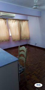 room for rent, medium room, usj 11, Single Room At USJ 11, UEP Subang Jaya ,Clean & Strategic Location With Internet