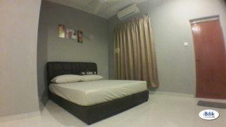 room for rent, medium room, bandar utama, WIFI & Weekly Cleaning At Bandar Utama, Petaling Jaya