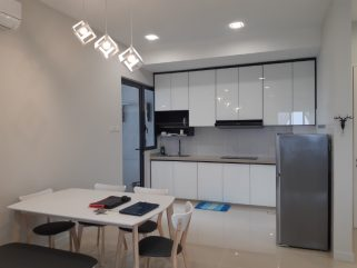 room for rent, medium room, bangsar south, Bangsar South - Southview Fully Furnished Middle Room with Free WiFi