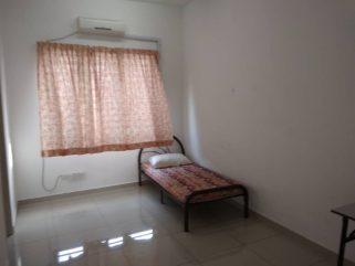 room for rent, medium room, setia alam, low density