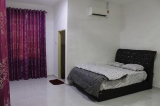 room for rent, landed house, jalan akuatik 13/67, FREE WIFI ROOM FOR RENT