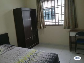 room for rent, medium room, kota kemuning, Furnished Unit Located Kota Kemuning, Near Sri Muda, Industrial Park With FREE 100Mbps WI-FI
