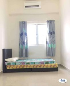 room for rent, medium room, alam impian, Private Rooms At Section 35 Alam Impian & WIFI