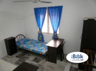 room for rent, medium room, bandar botanik, Available Room At Bandar Bukit Tinggi Klang Nearby AEON, Bandar Botanik With Wifi