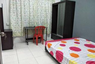 room for rent, medium room, bandar bukit puchong, Bukit Puchong Available Room for Rent , with Aircon , Free WiFi & Full Facilities
