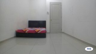 room for rent, master room, bandar 16 sierra, Available Room 16 Sierra With Fully Facilities & Free High Speed WiFiI