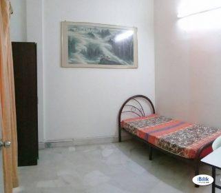 room for rent, medium room, ss18, Available SS18 Subang Jaya Room , 5mins WALK to LRT With WIFI