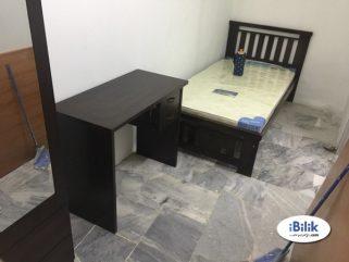room for rent, medium room, subang jaya, USJ Single Room For Rent At Subang With Full Facilitise & Wi-fi