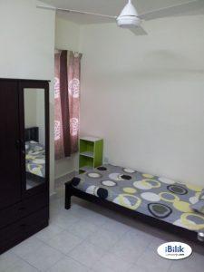 room for rent, single room, bandar sunway, Middle Room at Bandar Sunway , PJS 7 Walking to Taylor's Campus