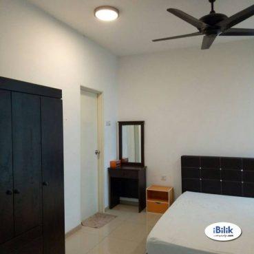 room for rent, medium room, bandar puchong jaya, Room at Bandar Puchong Jaya Jln Kenari, Puchong Free Wifi