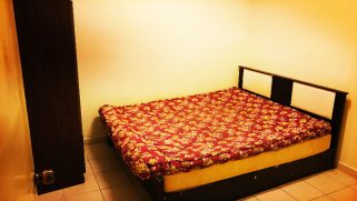 room for rent, medium room, usj 1, casa subang aircon middle room