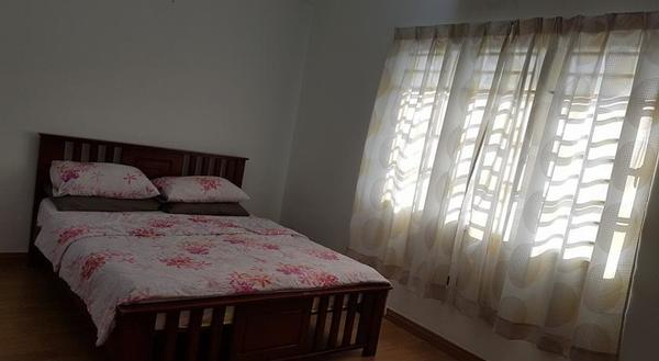 room for rent, medium room, sri petaling, Non-Smoking Unit To Let with Full Furnished at Sri Petaling With Wifi, Fully facilities