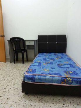 room for rent, medium room, kota kemuning, 100MBPS WIFI !! Room For Rent with Fully Furnished at Kota kemuning
