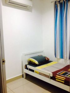 room for rent, medium room, bandar bukit puchong 2, Non-Smoking Unit at Bandar Bukit Puchong for Rent Include utilities, facilities and security