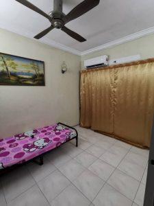 room for rent, medium room, klang, Affordable Living Room Rent at Bandar Botanik Nearby amenities & Free Facilities
