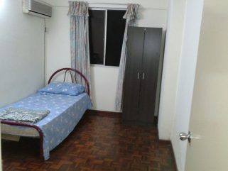 room for rent, medium room, usj 6, Weekly Cleaning Room To Let At USJ 6, LRT With High Speed Wifi & Housekeeping Services