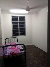 room for rent, medium room, bandar puteri, Weekly Cleaning Room at Bandar Puteri, Klang Rent With Free Utilities