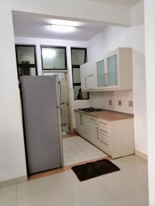 room for rent, medium room, bandar utama, middle room at pelangi utama condo