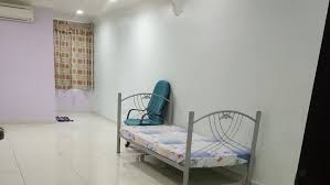 room for rent, medium room, sea park, Complete Facilities Living Room To Let At Sea Park, PJ free wifi & A/C