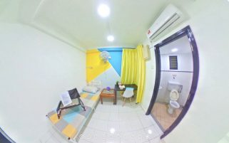 room for rent, medium room, kuala lumpur, Medium Room attached Bathroom !! Full Furnished, Walking distance to LRT PWTC, IUMW,Sunway Putra Mall , KTM Putra , Monorail chow kit . Safe and Clean