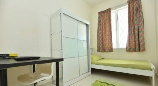 room for rent, medium room, bukit rimau, Weekly Cleaning Room At Bukit Rimau With Free internet & A/C