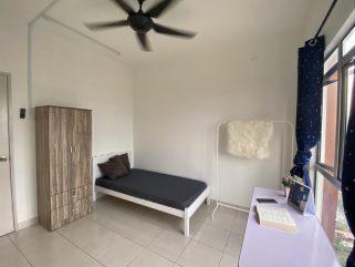 room for rent, medium room, bukit jalil, Available room for rent in Bukit Jalil near LRT
