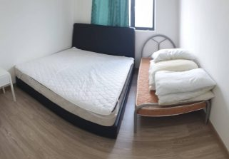 room for rent, medium room, bangsar south, Medium Room for Rent (South View)