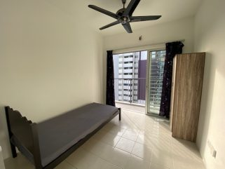 room for rent, medium room, bukit jalil, Balcony or Middle Room for Rent @ Bukit Jalil (Jalilmas)