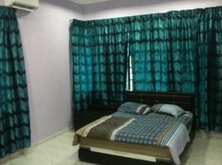 room for rent, medium room, bandar 16 sierra, Room for Rent Located at Bandar 16 Sierra