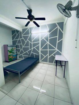 room for rent, medium room, sungai buloh, Short Term Rent!! Room at Bukit Rahman Putra, Sungai Buloh