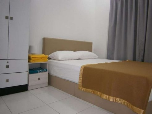 room for rent, medium room, taman connaught, Room at Taman Connaught, Cheras with WiFi