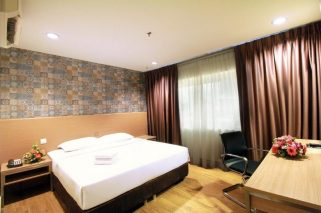 room for rent, master room, bukit bintang, Master Room|Pudu Plaza Bukit Bintang|Private Bathroom