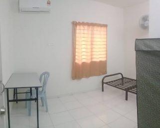 room for rent, medium room, setia alam, Setia Alam Room to Let! Inc Cleaning Services