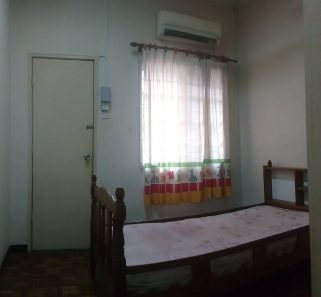 room for rent, medium room, putra heights, Short Rent Accepted !! Room at Putra Heights