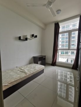 room for rent, medium room, cyberjaya, Middle room to rent (Malay girls unit)