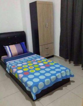 room for rent, medium room, bandar puchong jaya, We Rent a Room at Jalan Kenari, Bandar Puchong Jaya!! Call Now!