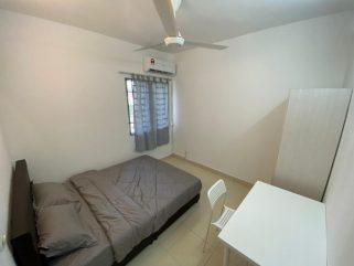 room for rent, medium room, setia alam, Female Unit Medium Rooms For Rent Seri Kasturi Apartment Setia Alam