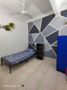 room for rent, medium room, bandar utama, Landed House! BANDAR UTAMA PETALING JAYA
