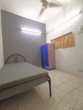room for rent, medium room, sungai besi, 100MBPS WIFI !! SUNGAI BESI KUALA LUMPUR ( JLN TASIK UTAMA 5 )