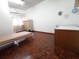 room for rent, medium room, setia alam, Move In Immediately! SETIA ALAM SHAH ALAM