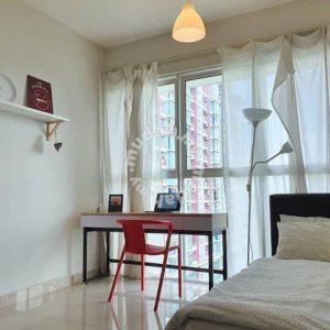 room for rent, medium room, ara damansara, Pacific Place for SALE
