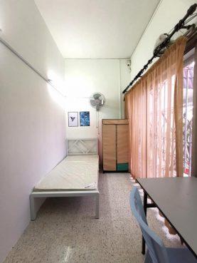 room for rent, medium room, ttdi plaza, Room rent at TTDI, Kuala Lumpur