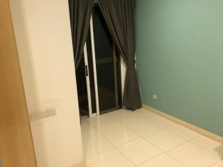 room for rent, medium room, mont kiara, Room in Mont Kiara with own balcony